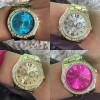 Kit 10 Relógios unissex com pulseira e caixa de aço  dourado , prateado rose com frete grátis